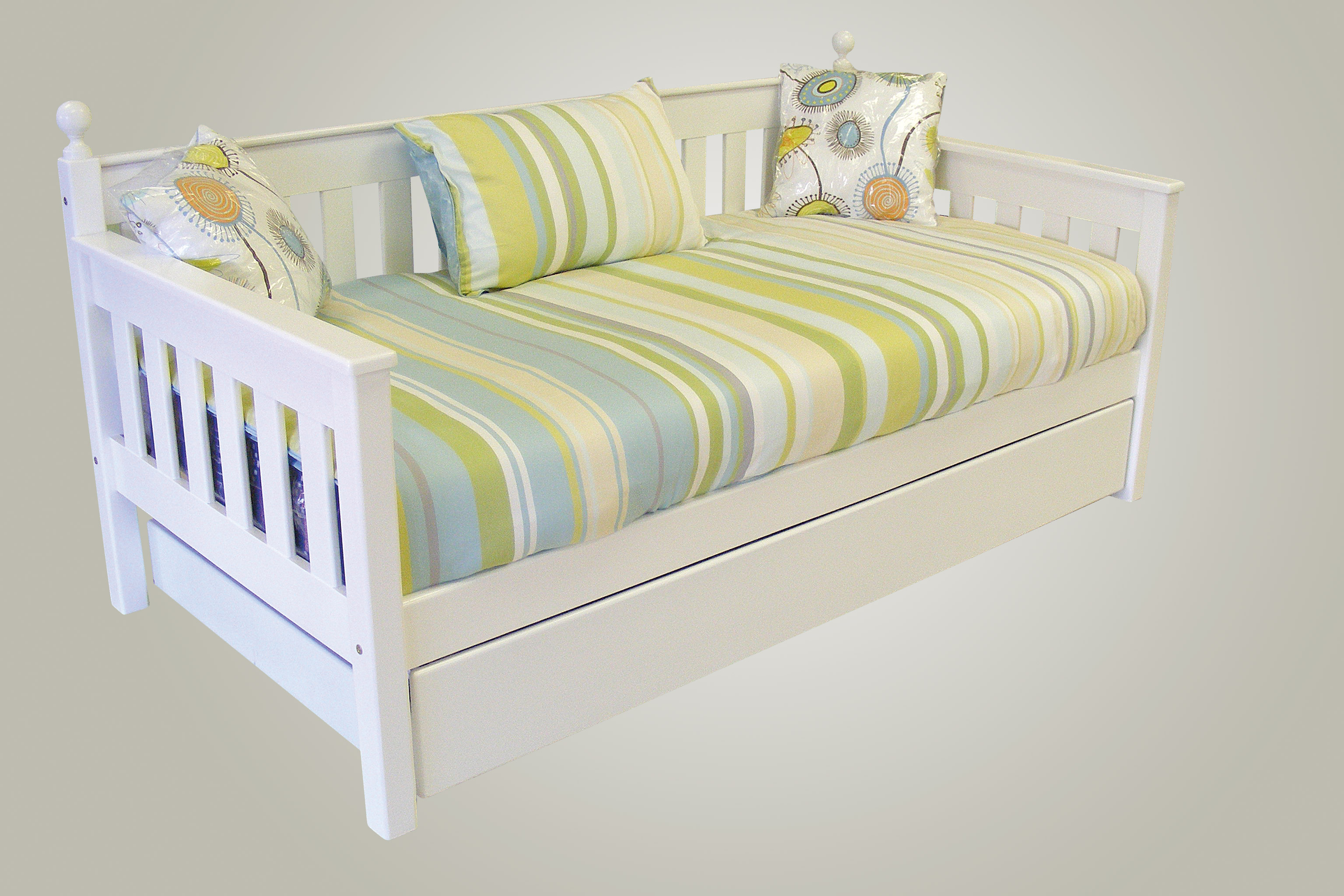 Mia daybed ideal for guest or play rooms kids cove